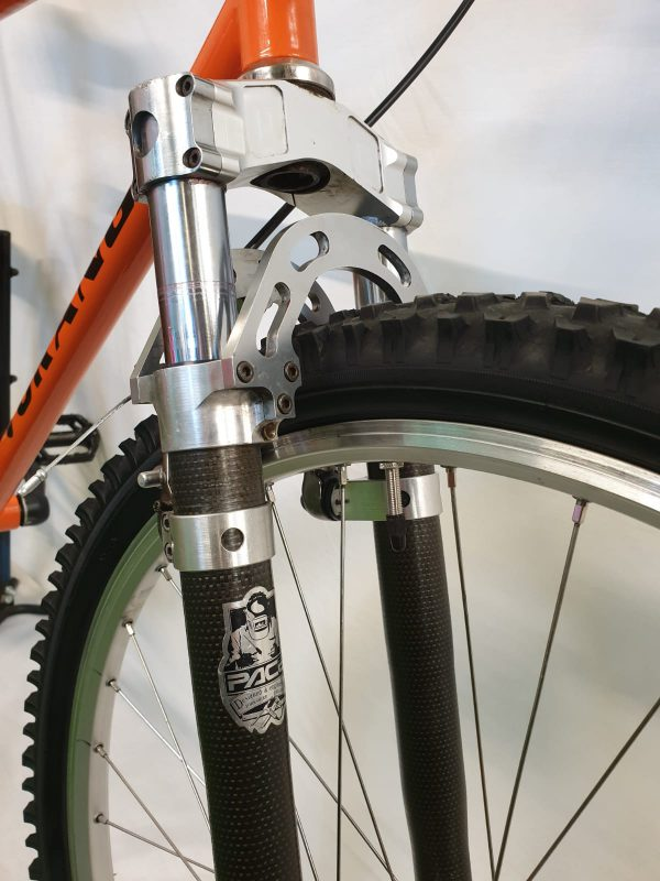 Image of the Refurbished Orange P7 1994 Moutainbike for Aale