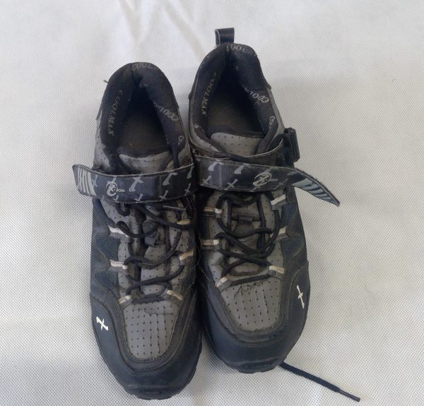 Grey SPD cycling shoes