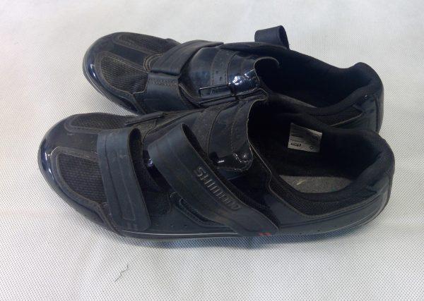 Black Shimano road cycling shoes
