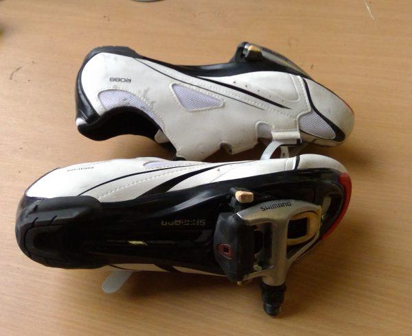 Shimano R088 road cycling shoes