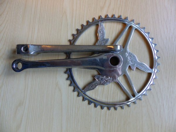 Vintage chrome steel chainset for cotter pins