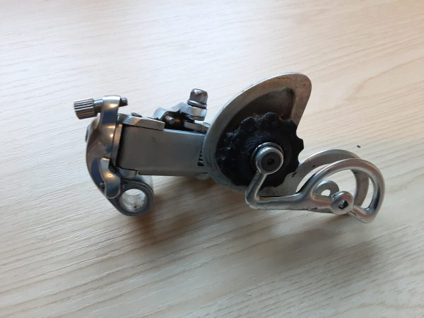 Vintage Campagnolo Chorus 1st generation 7-speed rear derailleur - incomplete for spares/repairs