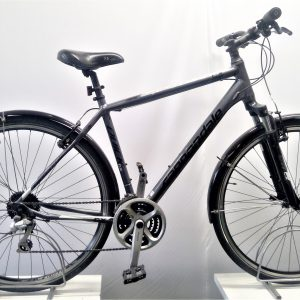 Refurbished Cannondale Quick CX Hybrid bike