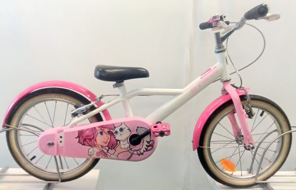 Image of the Refurbished B'Twin Docto Girl Child's Bike for sale