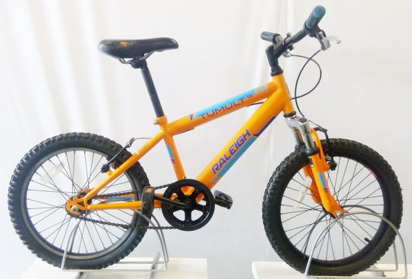 Image if the refurbished Raleigh Tumult 18 for sale