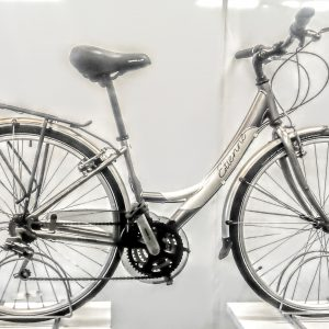 Image of the Refurbished Apollo Etienne Hybrid Bike for sale