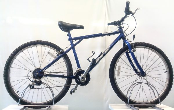 Image of the Refurbished GT Palomar Mountain bike for sale
