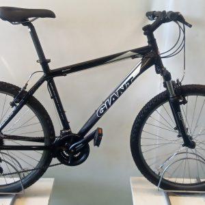 Giant Boulder 6000 mountain bike